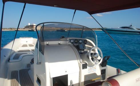 Un bateau privé: voir Ibiza et Formentera de la mer